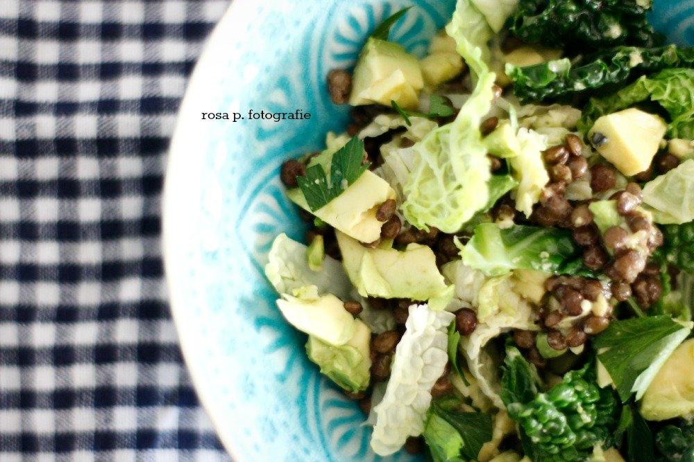 grünkohl linsen avocado salat